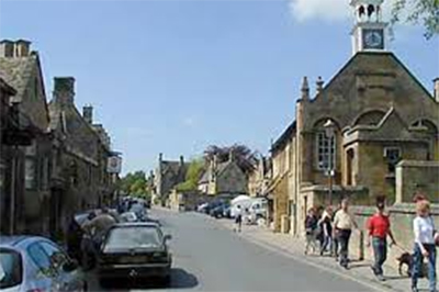 Chipping Campden Town hall