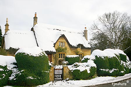Pikes Cottage In Snow